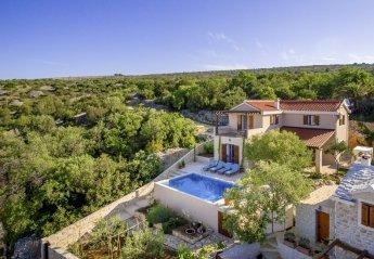 3 bedroom Villa for rent in Milna