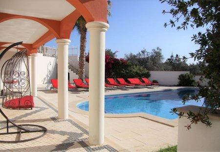 Villa in Alvor, Algarve