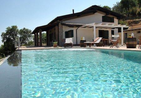 Villa in Itri, Italy