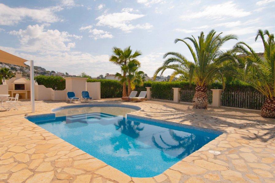 Villa in Spain, Urbanització Cala Advocat-Bonavista
