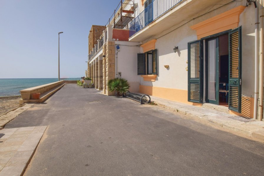 Apartment in Italy, Punta Secca