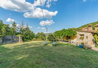 1 bedroom Villa for rent in Arezzo