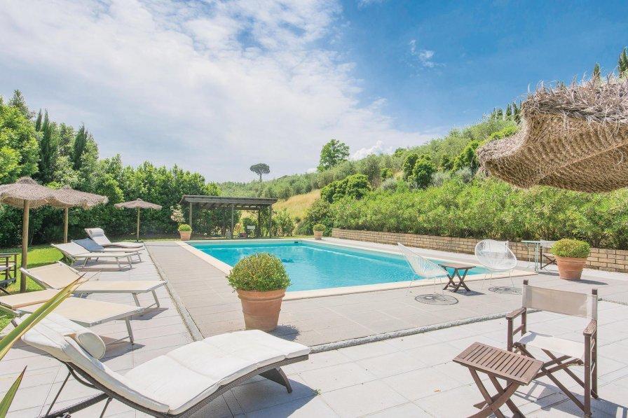 Apartment in Italy, Lamporecchio