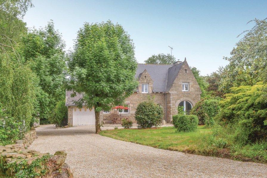 Villa in France, Les Moulins