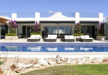 5 bedroom Villa for rent in Binidali