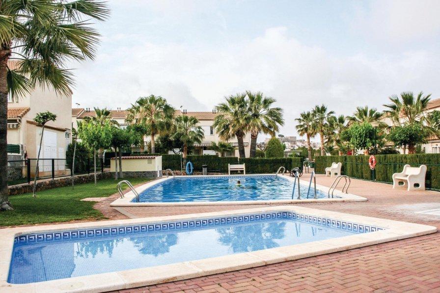 Villa in Spain, Els Cuarts