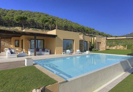 Villa in Urbanització Puig del Montcal, Spain