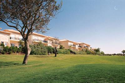 Apartment in Portugal, Praia da Luz: Front view of the ground floor apartment