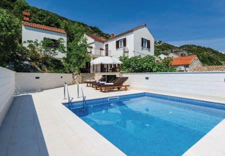 Villa in Ošlje, Croatia