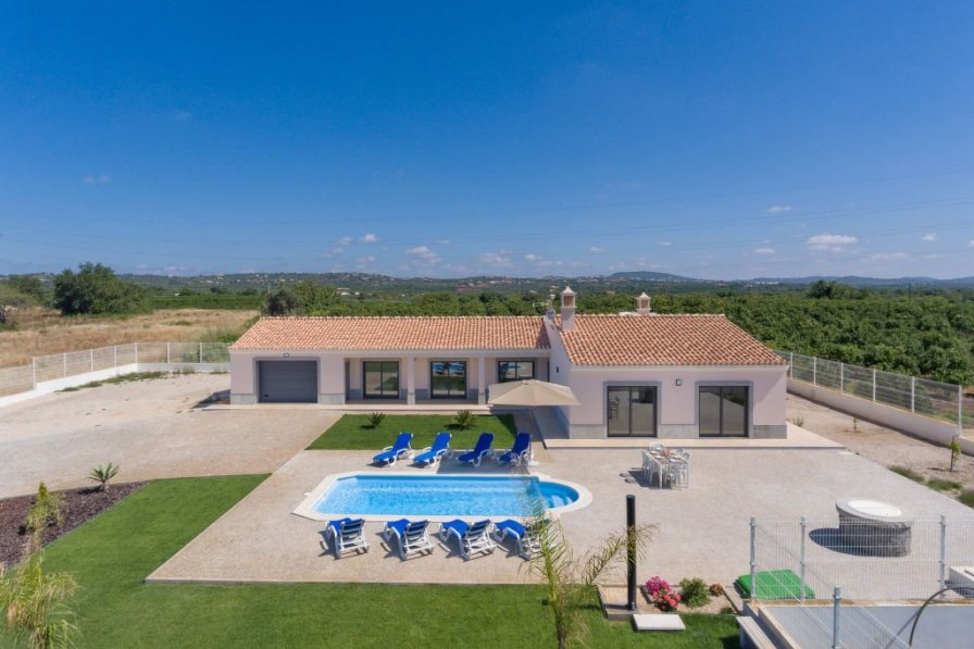Villa in Portugal, Alcantarilha