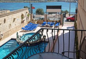 Studio Apartment in Bugibba, Malta
