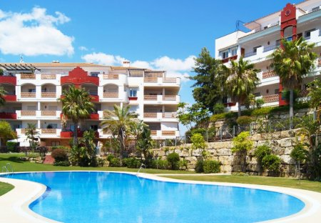 Apartment in Miraflores golf, Spain