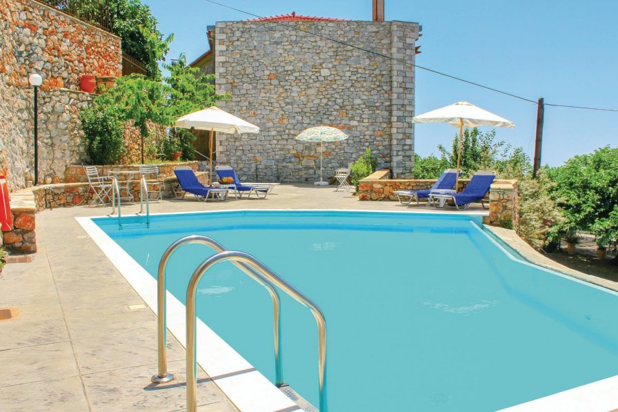Peloponnese holiday villa rental with shared pool