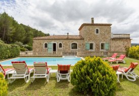 Apartment in Rognes, the South of France