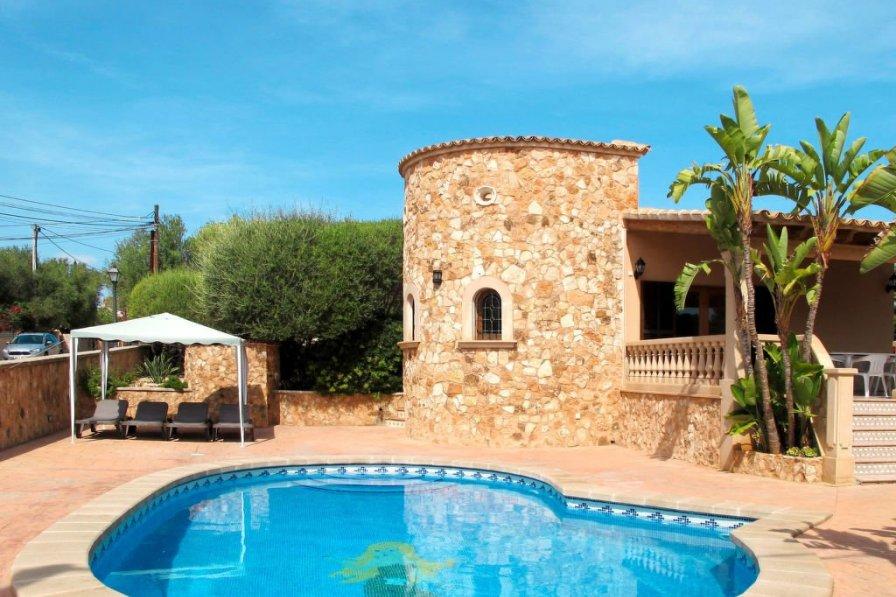 Villa in Spain, Son Moger