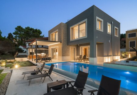 Villa in Slatine, Croatia