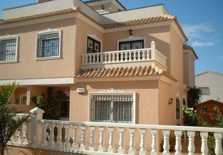 House in Villapiedra, Spain