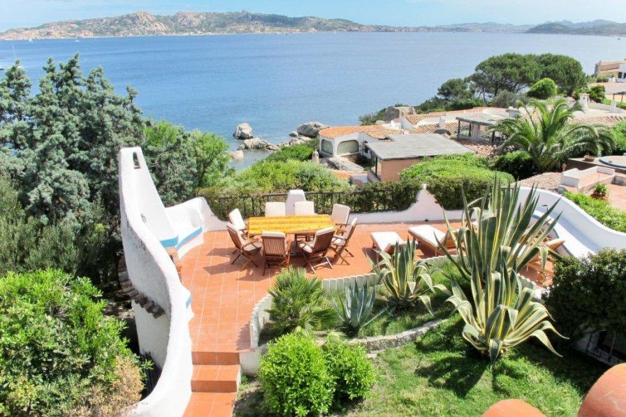 Villa in Italy, Punta Sardegna
