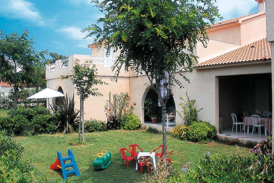 Apartment in France, Borgo