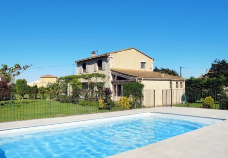 House in Rognonas, the South of France