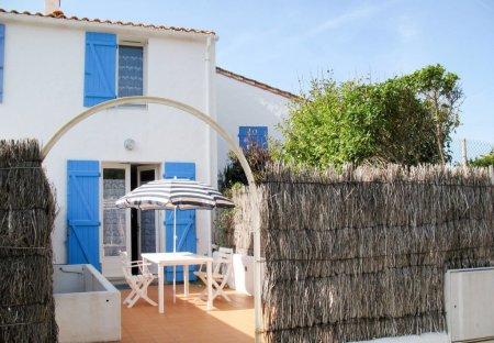 House in L'Épine, France