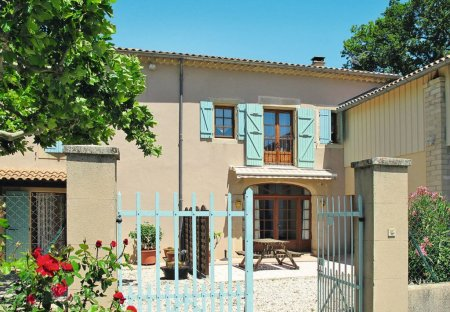 House in Grillon, the South of France