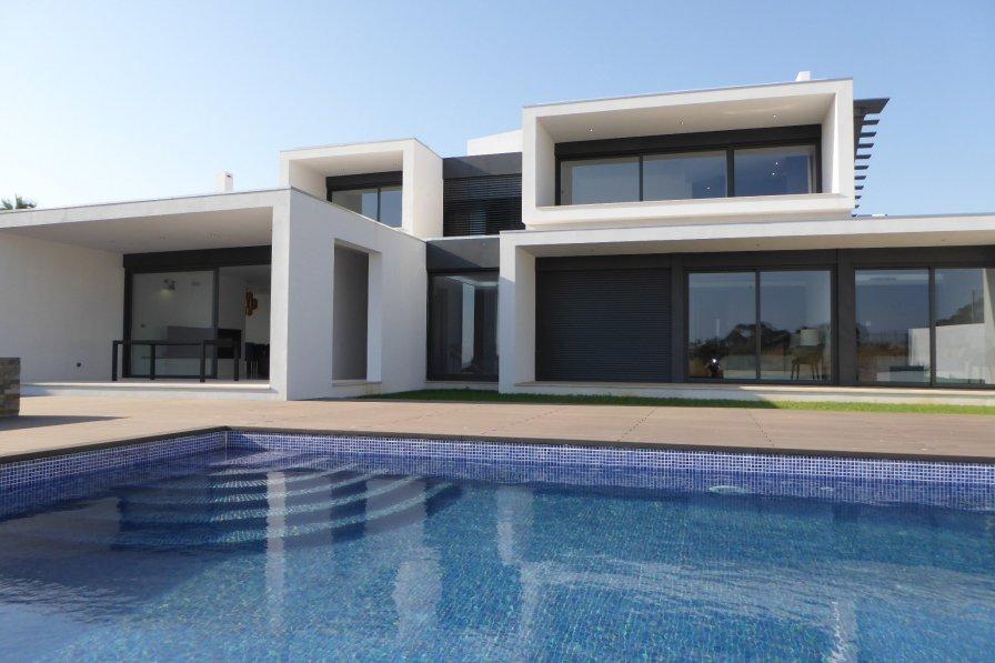 Villa in Portugal, Sesmarias