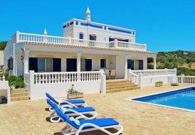 Villa in Alcaria Branca, Algarve
