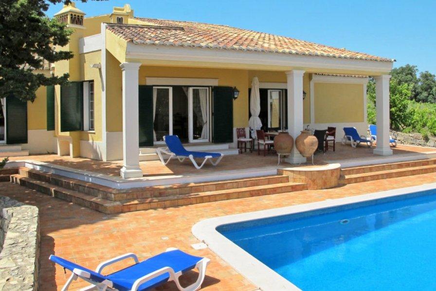Villa in Portugal, Malhão