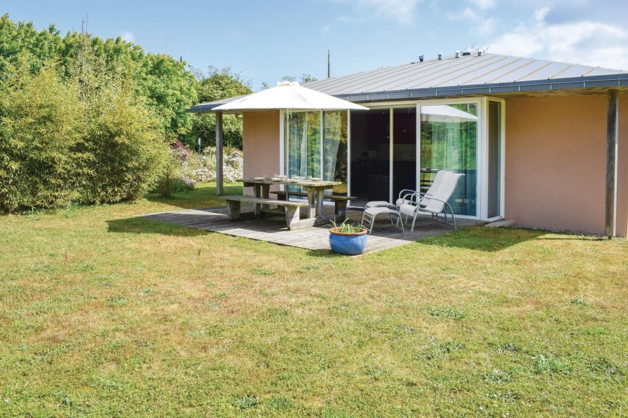 Villa in France, Guissény