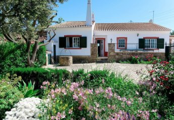 3 bedroom Villa for rent in Faro