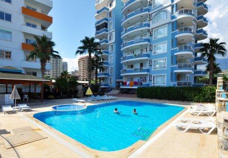 Penthouse Apartment in Kargıcak Belediyesi, Turkey