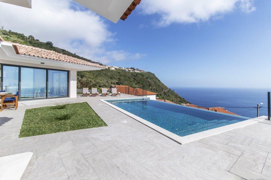 Villa Silvia - Rates based on 2 guests - New!