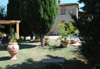 5 bedroom House for rent in Asciano