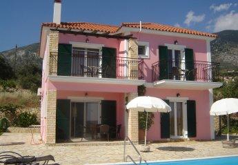 3 bedroom Villa for rent in Trapezaki