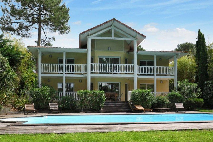 House in France, Lacanau
