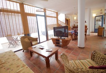 4 bedroom Apartment for rent in Caleta de Sebo