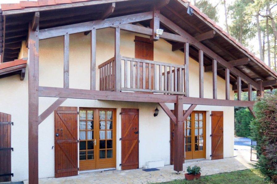 Ferienhaus mit Pool (VIB190)