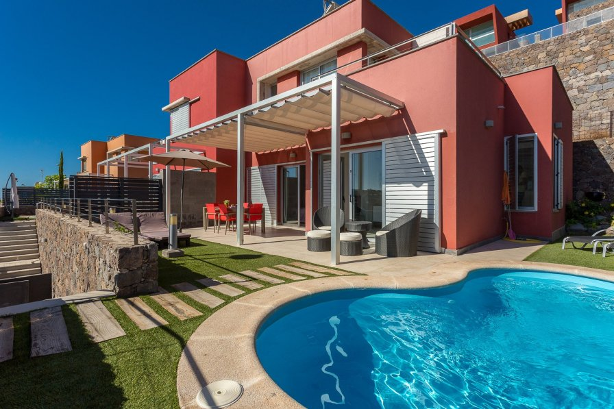 Luxury villa with pool in golf course