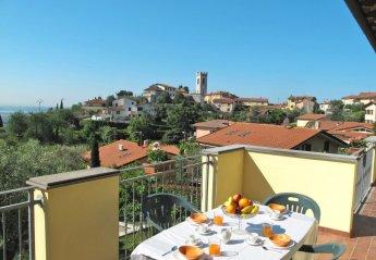 4 bedroom Apartment for rent in Massarosa