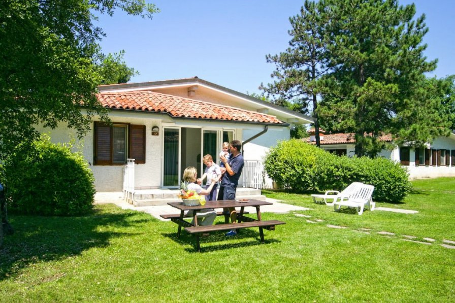 Apartment in Italy, Villaggio Primero