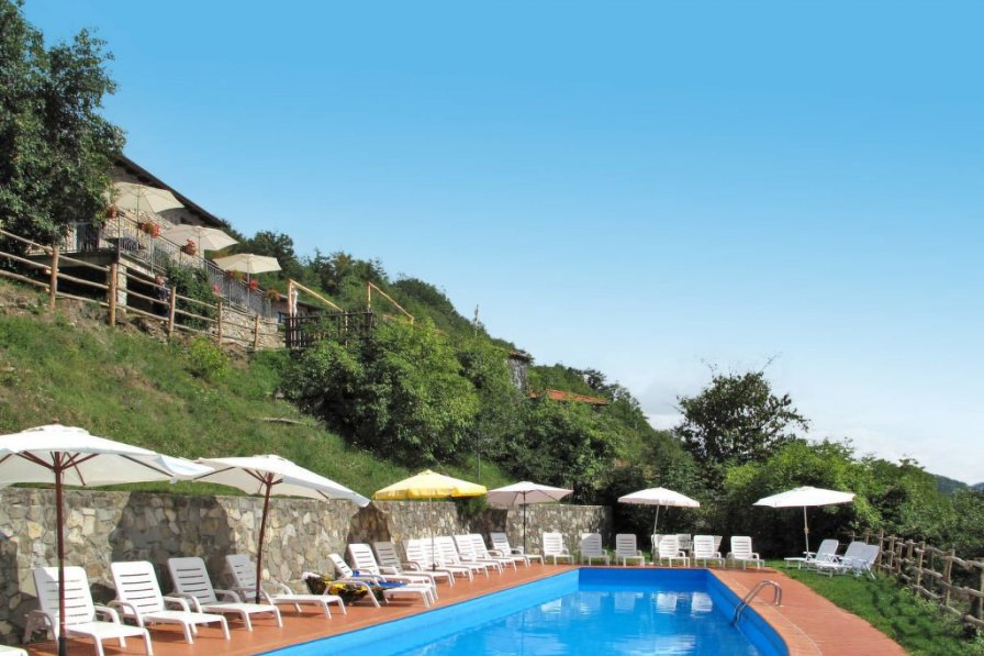 Apartment in Italy, Apella