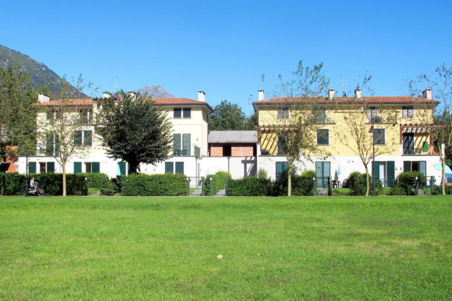 Apartment in Italy, Porlezza