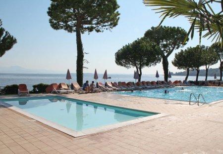 Apartment in Padenghe sul Garda, Italy