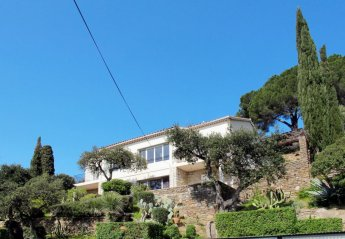 2 bedroom Apartment for rent in Le Lavandou