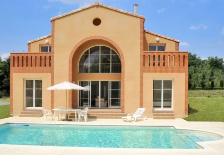 Villa in Pont-de-Larn, the South of France