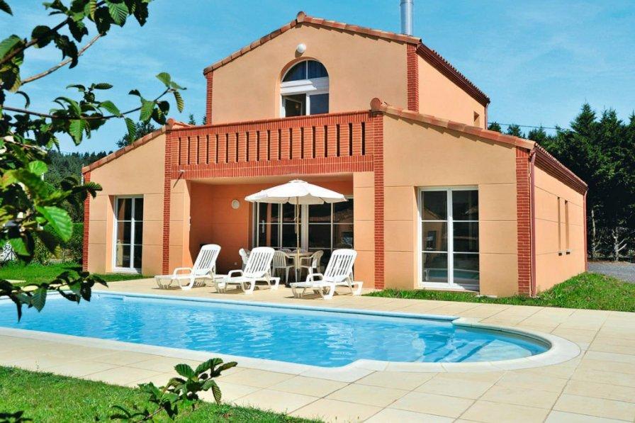 House in France, Pont-de-Larn