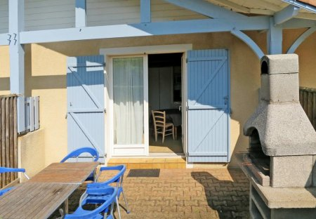 House in La Plage-Bourg1, France