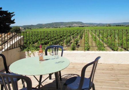 Apartment in Saint-Victor-la-Coste, the South of France