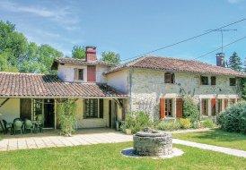 Villa in Ambernac, France